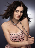 Brunette sensual con los granos Foto de archivo libre de regalías