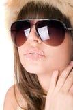 Brunette avec des languettes de sucre Image libre de droits