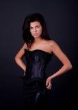 Brunette sexy dans le studio Photos libres de droits