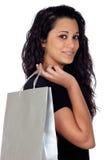 Brunettefrau im Einkaufen Stockbild