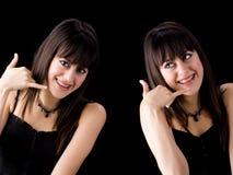 Brunettes mit Haltern auf Zähne dem Benennen Stockbild