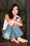 brunettkvinnabarn Royaltyfri Foto