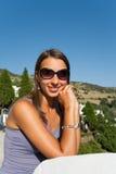 brunettstående Royaltyfri Fotografi