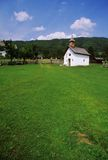 brunico kyrkliga italy arkivbilder