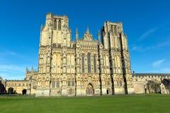 Brunndomkyrka Somerset, England Arkivbilder