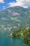 Brunnen,琉森湖,瑞士 免版税图库摄影