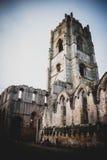 Brunnen Abbey Ruins, Ripon Großbritannien lizenzfreie stockbilder