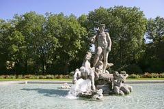 Brunnen, alter botanischer Garten, München Lizenzfreie Stockfotos