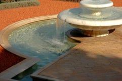 Brunnen in Bahai Haifa stockfotos