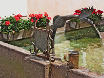 Brunnen, Castelrotto Kastelruth, Italien Stockfotografie