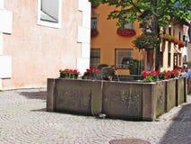 Brunnen, Castelrotto Kastelruth, Italien Lizenzfreies Stockfoto