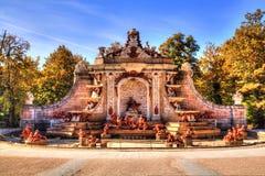 Brunnen an den Palastgärten von La Granja de San Ildefonso, Segovia, Olivenölseife und Leon, Spanien stockfotografie