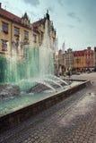 Brunnen in der Mitte von Breslau, Polen stockbilder