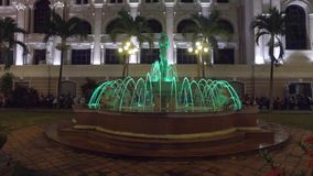 Brunnen in der Nacht stock video footage