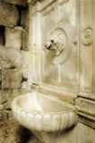 Brunnen in der römischen Art Stockbild