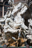 Brunnen der vier Flüsse mit ägyptischem Obelisken auf Marktplatz Navona in Rom. Italien. Lizenzfreie Stockfotos