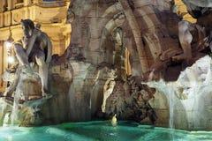 Brunnen der vier Fl?sse im Marktplatz Navona in Rom, Italien lizenzfreie stockfotos