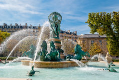 Brunnen des Beobachtungsgremiums, Luxemburg-Gärten Stockbild