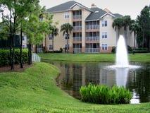 Brunnen in einem Teich Lizenzfreies Stockbild