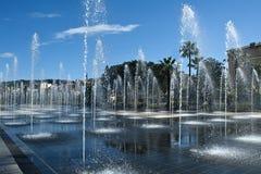 Brunnen Frankreichs nettes miroir d'eau bei promenade du Paillon Stockbild