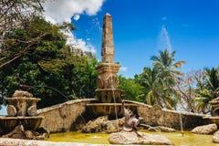 Brunnen im alten Dorf Altos de Chavon - Stockfotos