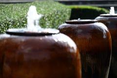 Brunnen im Garten Lizenzfreie Stockfotografie