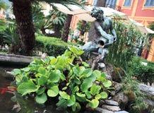 Brunnen im Park des Landhauses Durazzo Stockfotos