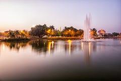 Brunnen im Teich Stockbild