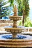 Brunnen im tropischen Paradies Stockfotografie