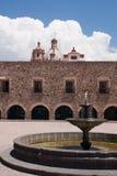 Brunnen, Kloster und Kirche in San Luis Potosi lizenzfreie stockbilder