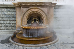 Brunnen-La Bollente in Acqui Terme Stockfotos