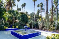 Brunnen Le Jardin de Marjorelle Stockfotografie