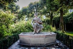 Brunnen in Mirabell-Gärten Lizenzfreie Stockbilder