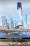 Brunnen mit 9/11 Denkmälern Stockfotos