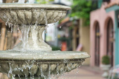 Brunnen multi-abgestuft Lizenzfreies Stockfoto