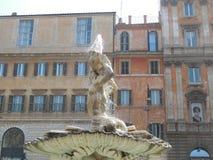 Brunnen in Rom lizenzfreies stockbild