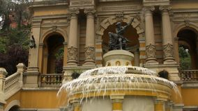 Brunnen in Santiago, Chile stock footage