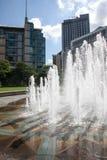 Brunnen in Sheffield Peace Gardens Stockfotos