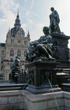 Brunnen und Rathaus in Graz Lizenzfreie Stockfotografie
