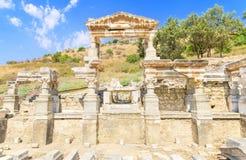 Brunnen von Trajan in der alten Stadt von Ephesus Lizenzfreies Stockfoto