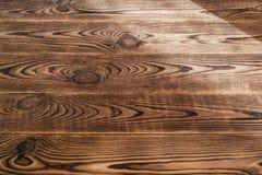 Brunt åldrades naturlig wood textur Royaltyfri Foto