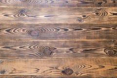 Brunt åldrades naturlig wood textur Royaltyfri Bild
