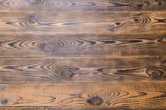 Brunt åldrades naturlig wood textur Arkivbilder