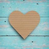 Brunt papper i hjärtaform Arkivfoton
