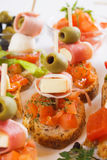 面包bruschetta意大利语的食品成分 图库摄影