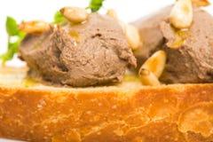 Bruschetta delicioso com pasta de fígado da galinha Imagem de Stock Royalty Free