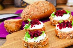 Bruschetta with Goat Cheese, Arugula and Beet Royalty Free Stock Photos