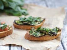 Bruschetta met aubergine Royalty-vrije Stock Foto's