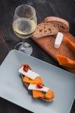 Bruschetta met pompoen met wijn royalty-vrije stock fotografie
