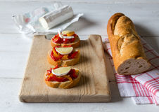 Bruschetta with peppers and goat cheese Royalty Free Stock Photos